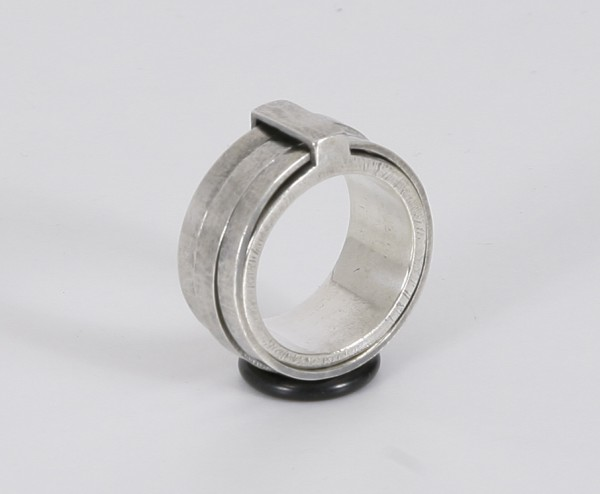 Tobias Wistisen Spinner Bar Ring