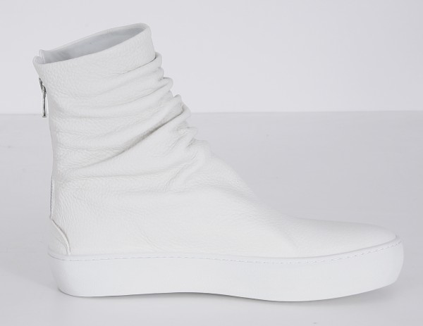 The Last Conspiracy Finn High Tops Off White